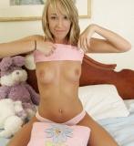 topless-teen-004